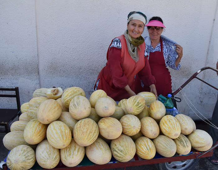 Venders in every Central Asian bazaar sell a diverse array of melons. These two women in the Bukhara bazaar are selling a variety akin to the famous Hami melons of Xinjiang. There is a great deal of regional pride associated with specific varieties of landrace melons.