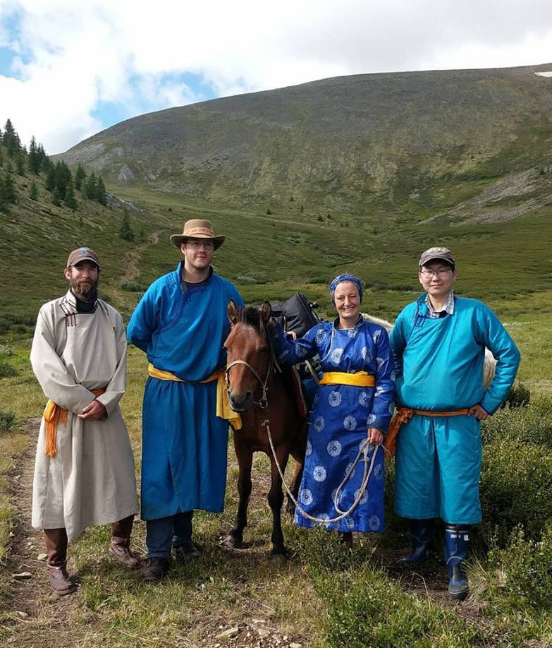 Group photo of the Mongolian-American Joint Northern Mongolian Archaeology Project.