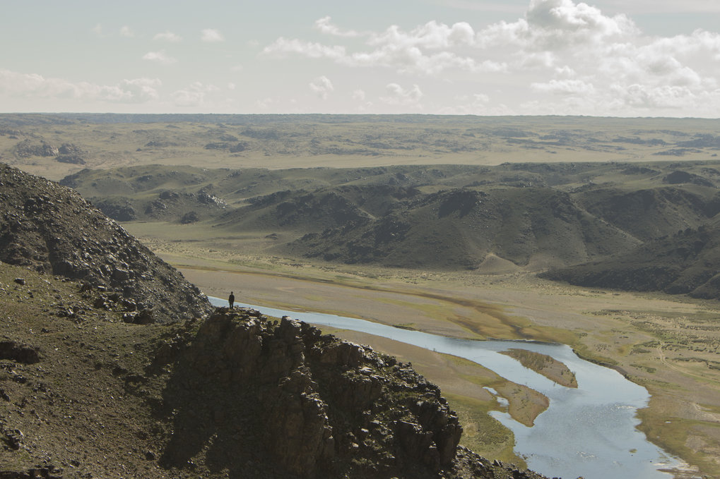 Zavkhan River Valley in Mongolia. Rivers would have guided migration routes, but also would have been major barriers.