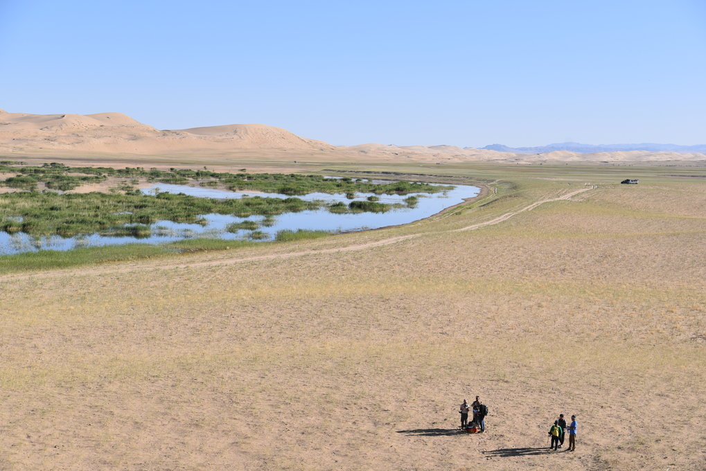 <p>The Mongolian Pleistocene archaeological record is relatively unknown and characterised by a few key open air sites in the north and two cave sites in the Gobi-Altai Mountains in the south. The presence of anatomically modern humans from at least 32 thousand year ago (Salkhit skull), and proximity to the Russian Altai, suggests it could be both a vital region for understanding the interactions between past species, and the survival of our species. Palaeoclimatic research has provided an initial understanding of the variability in Mongolia's climate for the last 150 thousand years. The alternating wet and dry periods suggests that ancient lakes and rivers should have formed and disappeared.</p>