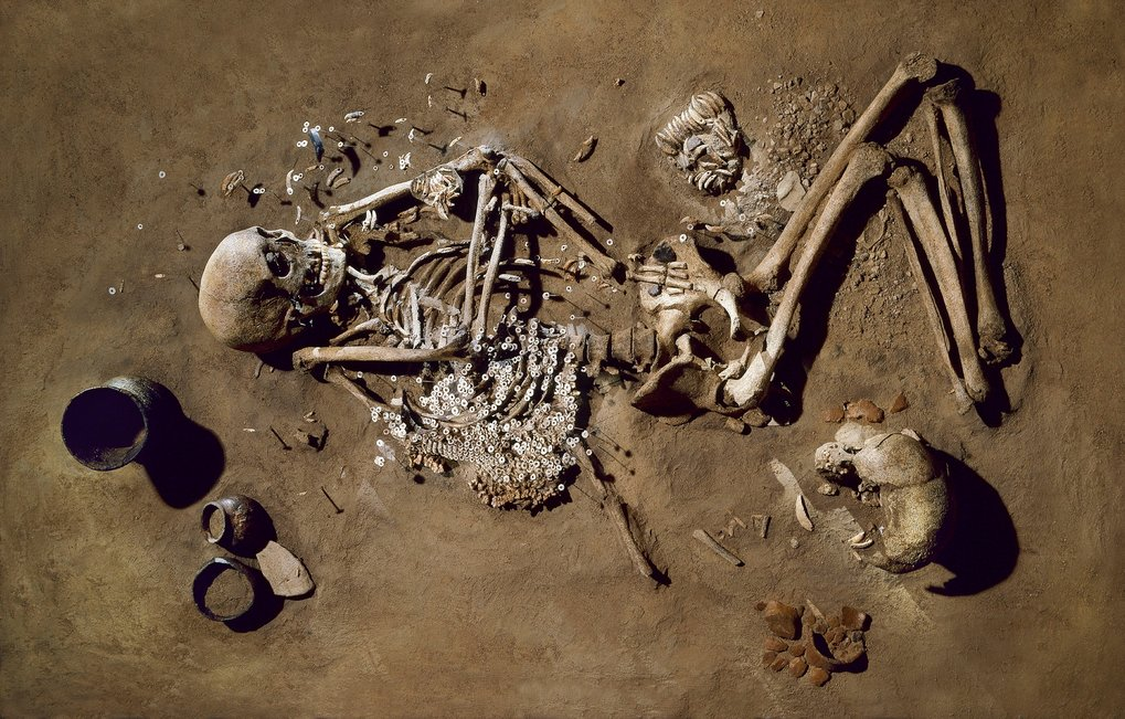 "Burial of an adult male next to dozens of shells, Salzmünde, ""Salzmuende Culture"" about  5400-5100 BC."