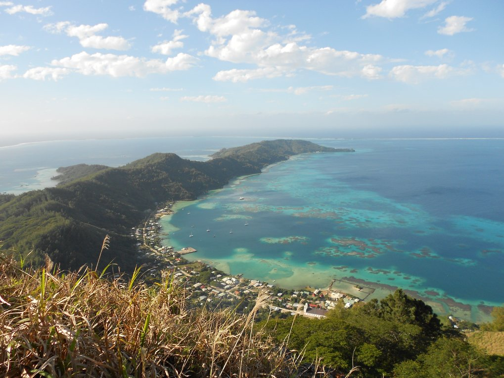 Rikitea, Mangareva (Gambier Islands, French Polynesia) photographed from the top of Mt. Duff