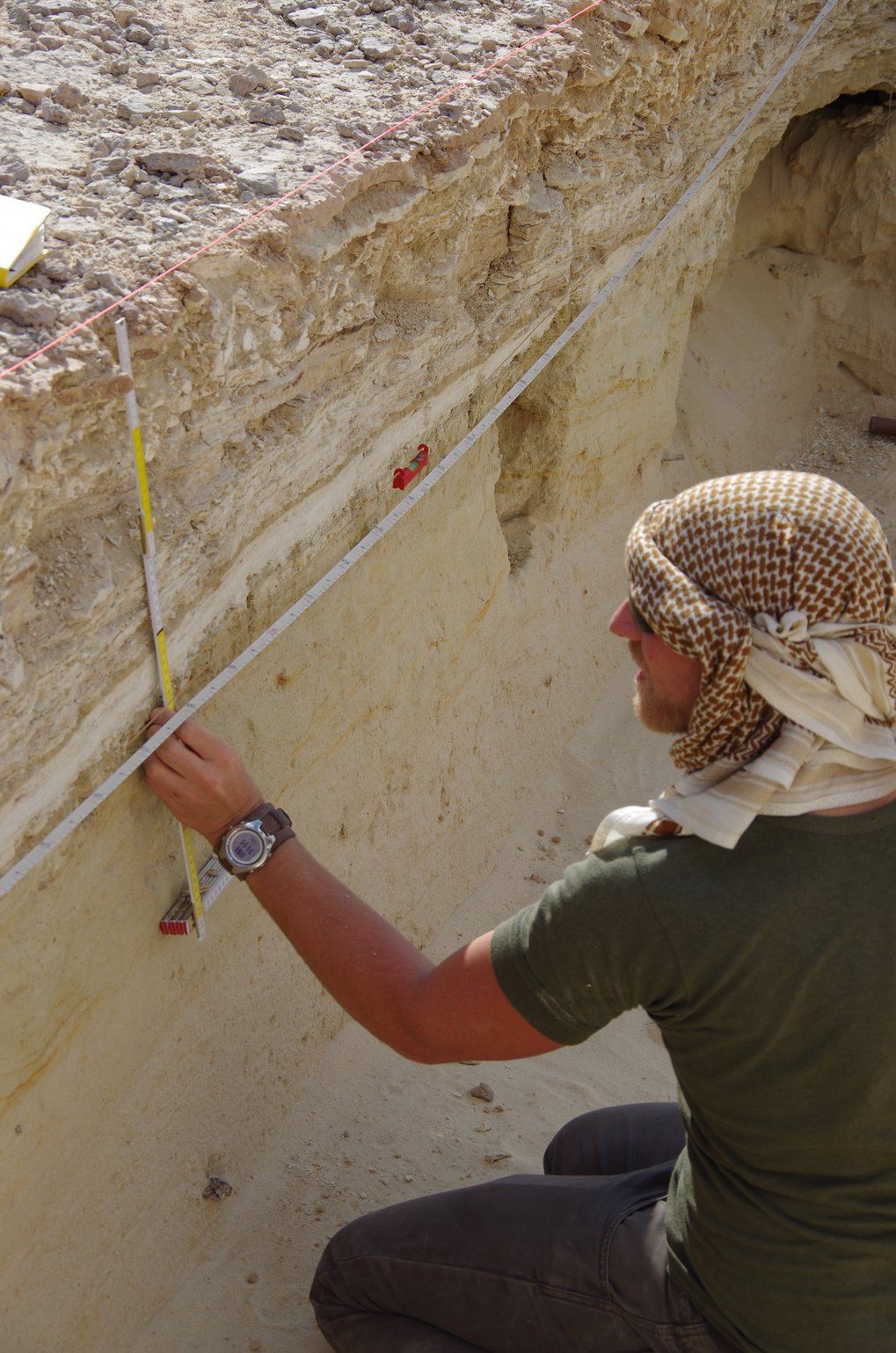 Palaeodeserts scientists are examining changes in environments through time by sampling palaeolake sequences.