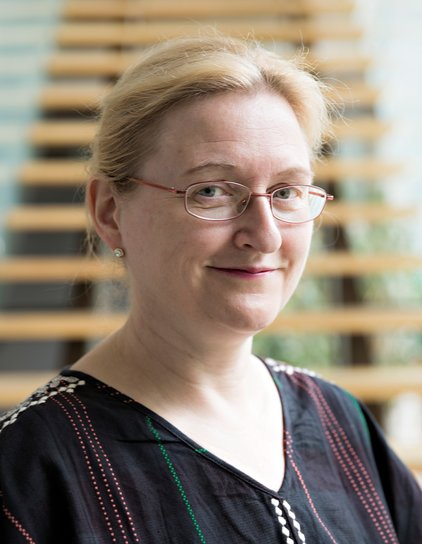 Dr. Bettina Bock